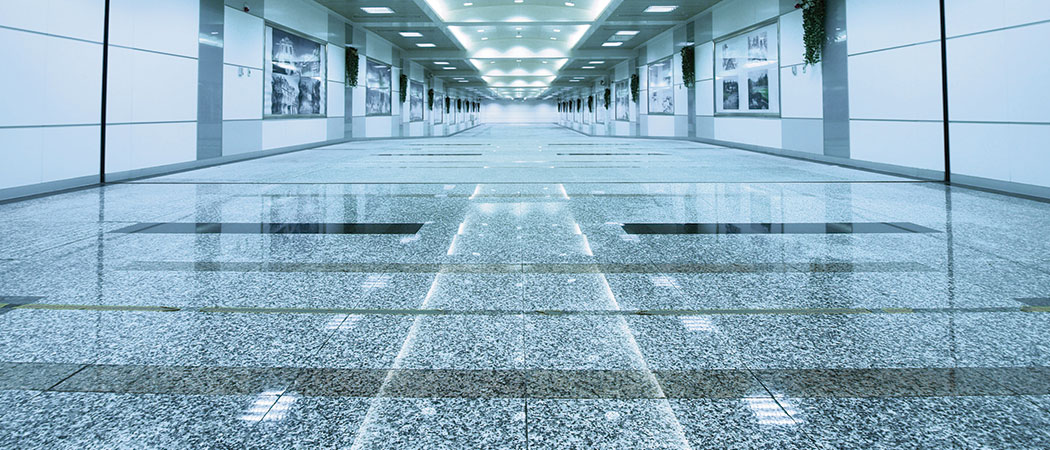 abrillantado de rampas y pasillos de suelos
